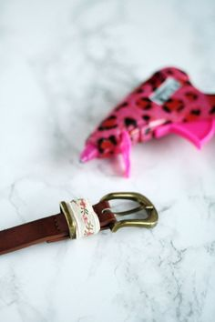 A super simple DIY way to create a cute belt