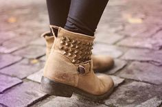 . . Studded ankle boots . .