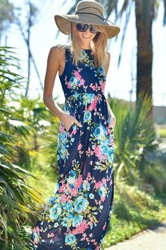 The perfect floral maxi for spring or summer! Love this entire look! Stitch fix spring summer 2017. #affiliatelink
