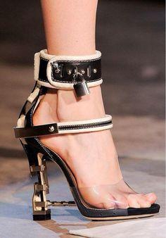 Shoes cadeado