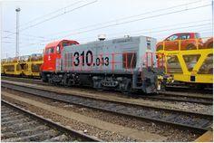 Estación Valladolid Campo Grande. ADIF.  Tractor de maniobras 310.043 ADIF.