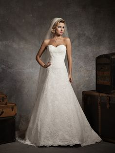 2013 Top Sell Strapless Sweetheart All Over Lace A-line Winter Wedding Dress