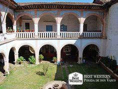 EL MEJOR HOTEL DE PÁTZCUARO. El encanto colonial con el que fue privilegiado el pueblo mágico de Pátzcuaro, se encuentra rodeado por majestuosos edificios que son una visita obligada durante su estancia en este bello lugar. En Best Western Posada de Don Vasco, le invitamos a conocer el Palacio de Huitziméngari, residencia que perteneció a Antonio de Huitziméngari, hijo del último gobernante purépecha. #hotelenpatzcuaro
