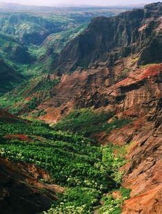 The allure of Hawaii's greenest Isle. Kauai, HI.