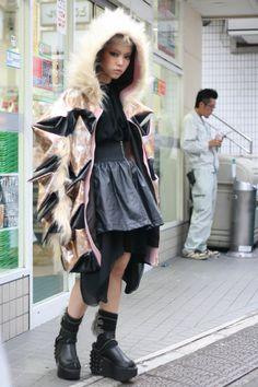 イケダヒラリ(Dog)のストリートスナップ|RID SNAP Japanese Streets, Japanese Street Fashion, Tokyo Fashion, Harajuku Fashion, Lolita Fashion, Fashion Wear, Harajuku Style, Asian Street Style, Tokyo Street Style