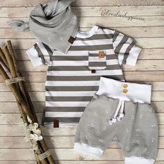 VERKAUFT #sofortkauf#zumverkauf#größe86#sommer#babyshorts#tshirt#musselin#musselintuch#kidswear#kidsoutfit#instakids#fashion#instafshion#handmade#ootd#sommer2018#urlaub#anker#ostsee#hamburg#anker#⚓️#shorts#kidsfashion#babykleidung#kindermode#lovethis# Bei Interesse bitte eine Nachricht per DM die Sets sind alle Unikate, bitte keine Aufträge senden!!! ⚓️