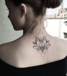 Ein Lotos-Tattoo