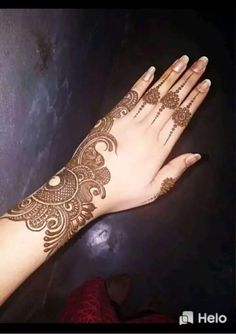 We have got a list of top Arabic Mehndi designs for Hand. You can choose Arabic Mehndi Design for Hand from the list for your special occasion. Full Hand Mehndi Designs, Henna Art Designs, Mehndi Designs 2018, Mehndi Design Pictures, Mehndi Designs For Girls, Mehndi Designs For Fingers, Dulhan Mehndi Designs, Modern Mehndi Designs, New Bridal Mehndi Designs