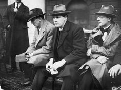 also just out of shot were Pádraic ÓMáille, and WT Cosgrave preparing to speak at a pro-Treaty rally at College Green Dublin, March Ireland 1916, Ireland Map, Roisin Dubh, Irish Free State, Irish Independence, Irish People, Michael Collins, Hard Men, Previous Year
