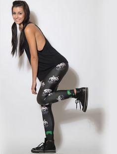 Space Invaders printed leggings Space Invaders, Roller Derby, Skin Tight, Sport Girl, Printed Leggings, Geeks, Tights, Sporty, Boots