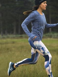 Shop womens workout pants, cargo pants for women and long pants from Title Nine. Our womens pants are made to keep you moving and roaming longer. Best Running Shorts, Running Tights, Geek Chic Outfits, Workout Attire, I Work Out, Female Athletes, Sporty, Women's Fashion, Gym