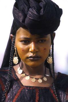 Africa |  Tuareg woman photographed in Niger | ©  Kerry Halasz (PhotoGirl58), via flickr