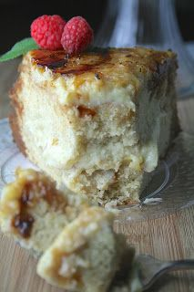 You knew it was coming. I warned you. It was a smashing, delightful success that I must share. Just Desserts, Delicious Desserts, Yummy Food, Romantic Desserts, Dump Cake Recipes, Dessert Recipes, Creme Brulee Cake, Cheesecake Deserts, Yummy Treats