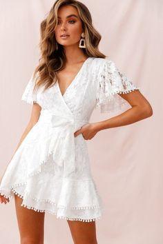 White lace ruffle short women mini dress spring summer bohemian homecoming dresses - Source by - Grad Dresses, Trendy Dresses, Elegant Dresses, Homecoming Dresses, Sexy Dresses, Cute Dresses, Party Dresses, Wedding Dresses, Formal Dresses