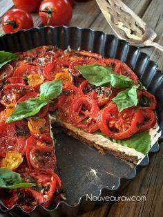'Caprese'-Herb-and-Tomato-Tart-(raw--vegan)16 #kombuchaguru #rawfood Also check out: http://kombuchaguru.com