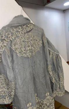 Pakistani gharara Pakistani Gharara, Pakistani Dresses, Stylish Dresses, Kimono Top, Indian, Tops, Women, Fashion, Moda