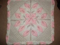 3 row leaf blanket - Knitting creation by mobilecrafts | Knit.Community