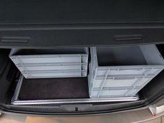 Reardrawer for California Beach with multiflexboard This rear drawer was designed for the California Beach with multiflexboard. It is a modular kit of aluminum . Vw Beach, Guide System, Vw T5, Side Wall, California Beach, Back Seat, Box, Drawers, Camping