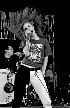 Hayley wearing a Ramones shirt. The only thing that could make this better is if she was singing with John Lennon, I would love to see that. (RIP John)