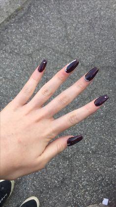 #nails #art #rednoir