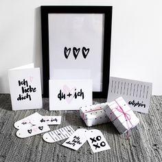 Handlettering Printables zum Valentinstag / Valentine's Day Printables {free} › Schön und fein Valentine's Day Printables, Be My Valentine, Are You Happy, Gallery Wall, Cards Against Humanity, Blog, Crafts, Festive, Craft Ideas