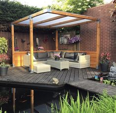 Douglas awning with translucent plates Whilst age-old inside idea, the pergola have been experiencing a Pergola Garden, Garden Seating, Gazebo, Backyard House, House Deck, Garden Structures, Outdoor Structures, Patio Makeover, Covered Pergola