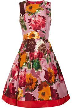Oscar de la Renta for THE OUTNET - Floral Print silk-twill dress | http://www.oliviapalermo.com/olivia-palermo-wears-oscar-de-la-renta-for-the-outnet/