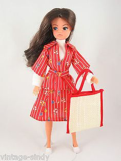 Sindy PARIS MODE 1978 COMPLETE Outfit   No Doll   Vintage Pedigree Sindy