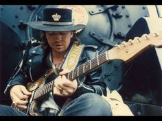Stevie Ray Vaughan Style Blues Backing Track (E) Guitar Solo, Music Guitar, Playing Guitar, Acoustic Guitar, Music Chords, Guitar Notes, Stratocaster Guitar, Guitar Lessons For Beginners, Guitar Tutorial