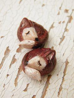 Mirrored Pair of Sleepy Red Foxes by TreeWingsStudio, via Flickr