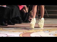 ▶ Designer 3D Printed Shoes Prowl the Catwalks at Paris Fashion Week - YouTube