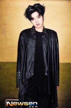 Shin Shin Cross Gene, Jun Matsumoto, Hong Ki, Song Joong, Park Seo Joon, Park Hyung, Park Bo Gum, Won Ho, Jang Keun Suk
