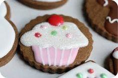 Top Ten Royal Icing Cookie tutorials at www.mamabeesfreebies.com
