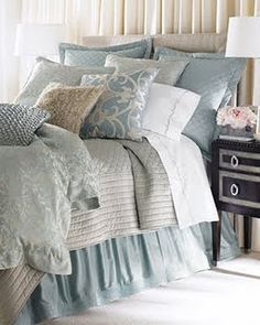 Love the linens and pillows. Colors are perfect.