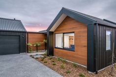 Ferndale-Sunderland House by AD Architecture House Cladding, Exterior Cladding, Facade House, Gable House, Modern Barn House, Cedar Homes, Shed Homes, Black House, Exterior Design