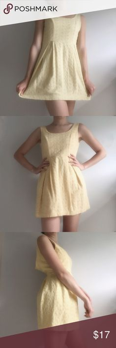 Forever 21 Cotton Flower Dress Forever 21 Cotton Flower Dress * Great Condition * 100% Cotton * Women's small * Yellow  * Flower Pattern   Styling tip: Wear with a skinny brown waist belt     Please, no trades, reasonable offers will be considered, & will ship within 1 business day ✨   8/16: uO25p17LO10-6m7 Forever 21 Dresses Mini