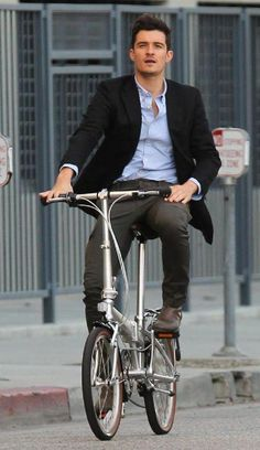 Orlando Bloom #celebrities #cycling