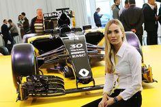 カルメン・ホルダ、ルノー・スポール・トロフィで久々のレース  [F1 / Formula 1]