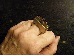 """Anillo """"Relato""""  alpaca, bronce y cobre - cortando, calado, ensamblado remache  cliente imaginario, esquicio Taller Eloi - 2012"""