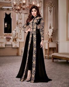Shamita Shetty Black color party wear anarkali kameez