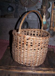 Old Antique New England Splint gathering Basket with signs of ware Wood Handle #NaivePrimitive