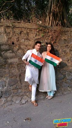 Varun Dhawan and Shraddha kapoor celebrating Republic day #bollywood bollywood…