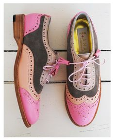 High Heels Daily Heels, stilettos and women's Shoes Ugly Shoes, Sock Shoes, Shoe Boots, Shoe Bag, Oxford Shoes Heels, Women Oxford Shoes, Shoes Sandals, Pretty Shoes, Beautiful Shoes