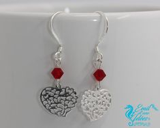 BO en argent 925, coeur filigrane et perle de swarovski rouge