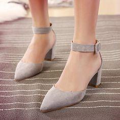 Simple Low Chunky Heels