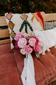 One Darling Day is a Los Angeles based boutique event studio that specializes in planning and coordinating stylish events. Moroccan Wedding, Silver Lake, Nature Decor, The Perfect Touch, Palm Springs, Wedding Decorations, Wedding Ideas, Wedding Planner, Floral Design