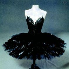 1000+ ideas about Swan Lake Costumes on Pinterest | Ballerina ...