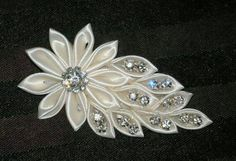 Items similar to Bridal Fascinator, Hair Accessories, Hair Fascinator, Kansashi Hair Fascinator, Bridal Bling on EtsyDiscover thousands of images about Bruids Fascinator haaraccessoires Hair door BittysJewelryAndMoreHow to Make Kanzashi Flower Haircl Ribbon Art, Diy Ribbon, Fabric Ribbon, Ribbon Crafts, Ribbon Bows, Ribbons, Ribbon Flower Tutorial, Diy Crafts, Cloth Flowers
