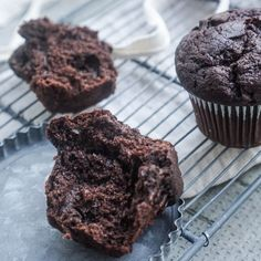 Muffin Recipes, Cupcakes, Cookies, Breakfast, Food, Crack Crackers, Morning Coffee, Cupcake, Loaf Recipes