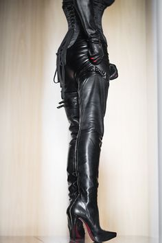 Leather Gloves, Leather And Lace, Shoe Boots, Ankle Boots, Shoes, High Heels, Celebrities, My Style, Latex